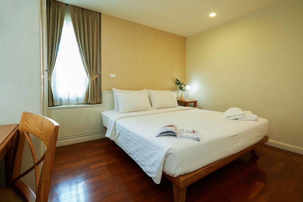 Room-405_0153.jpg
