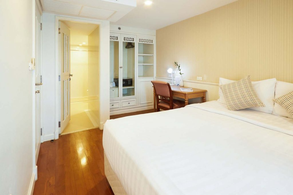 Room-604_0391.jpg