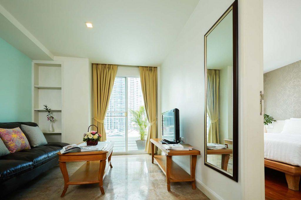 Room-803_0095.jpg